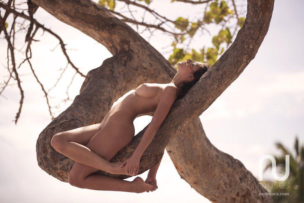 Alejandra Guilmant Nude 1 Sn31788
