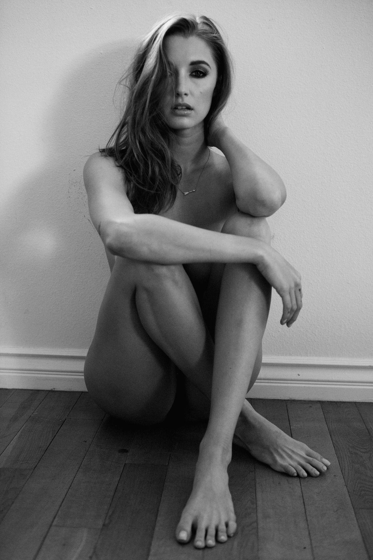 Alyssa Arce Topless 2