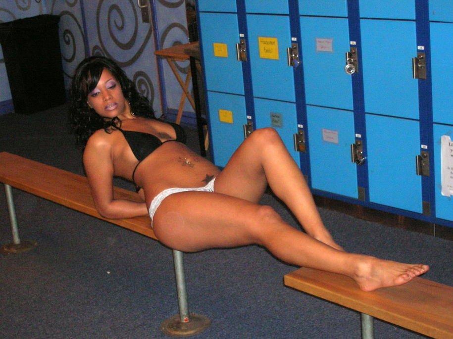 Aneesa Ferreira Naked 05