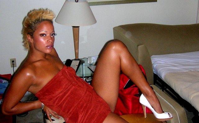 Aneesa Ferreira Naked 40