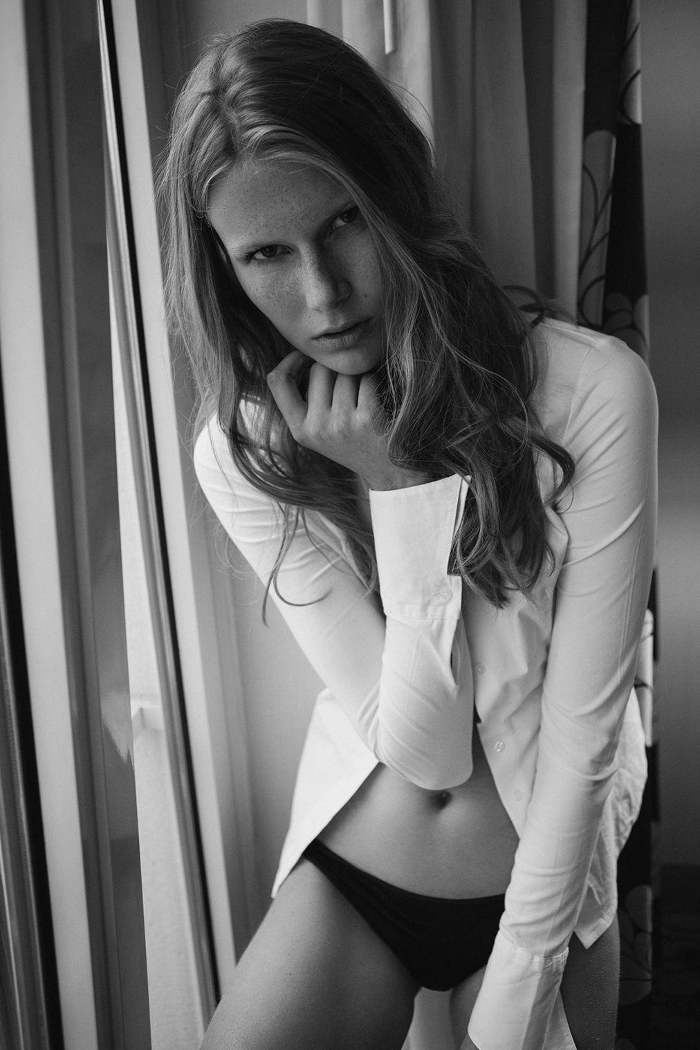 Charlotte Parthoens Topless 11