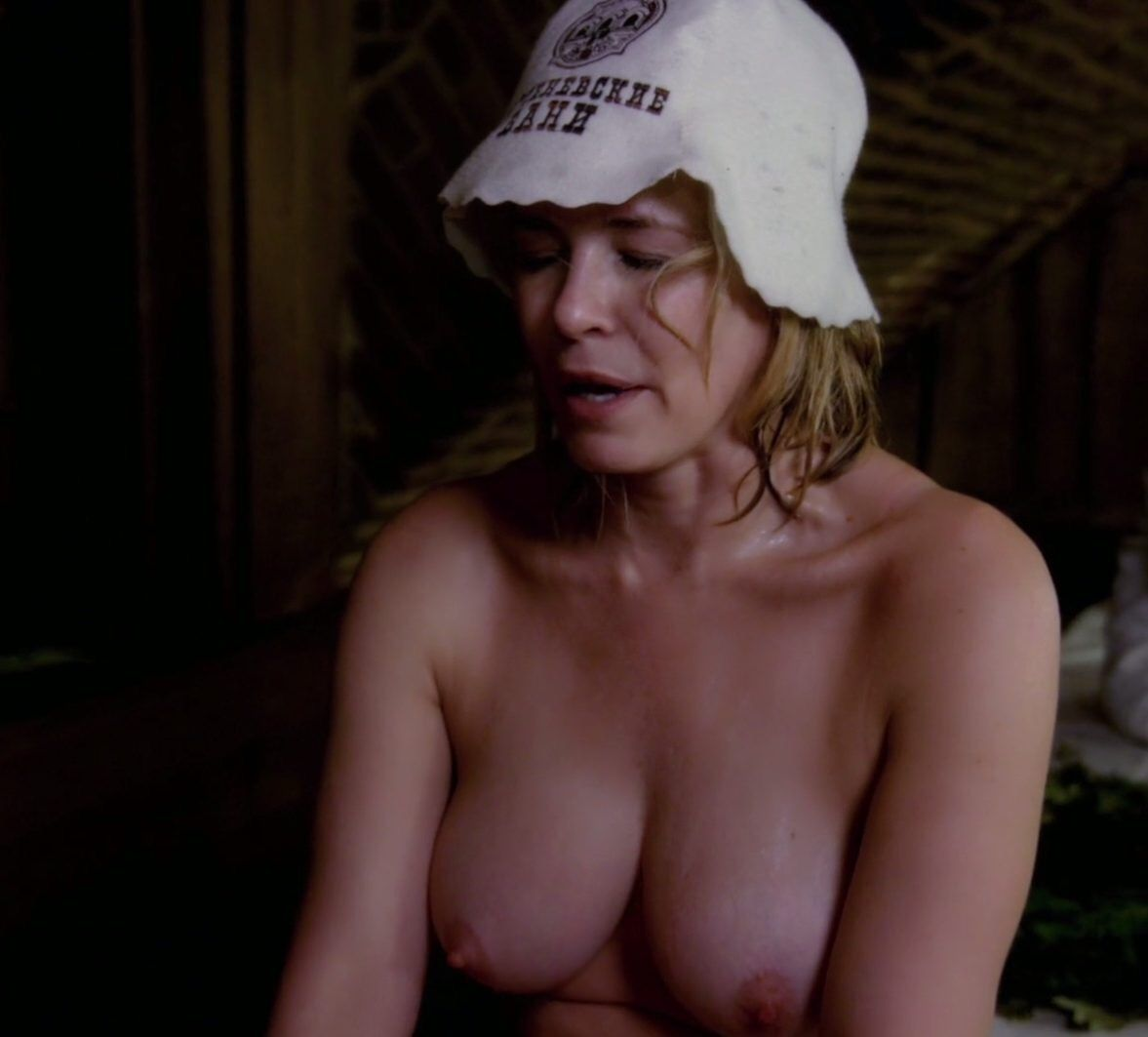 Chelsea Handler Topless Thefappening.so 0004