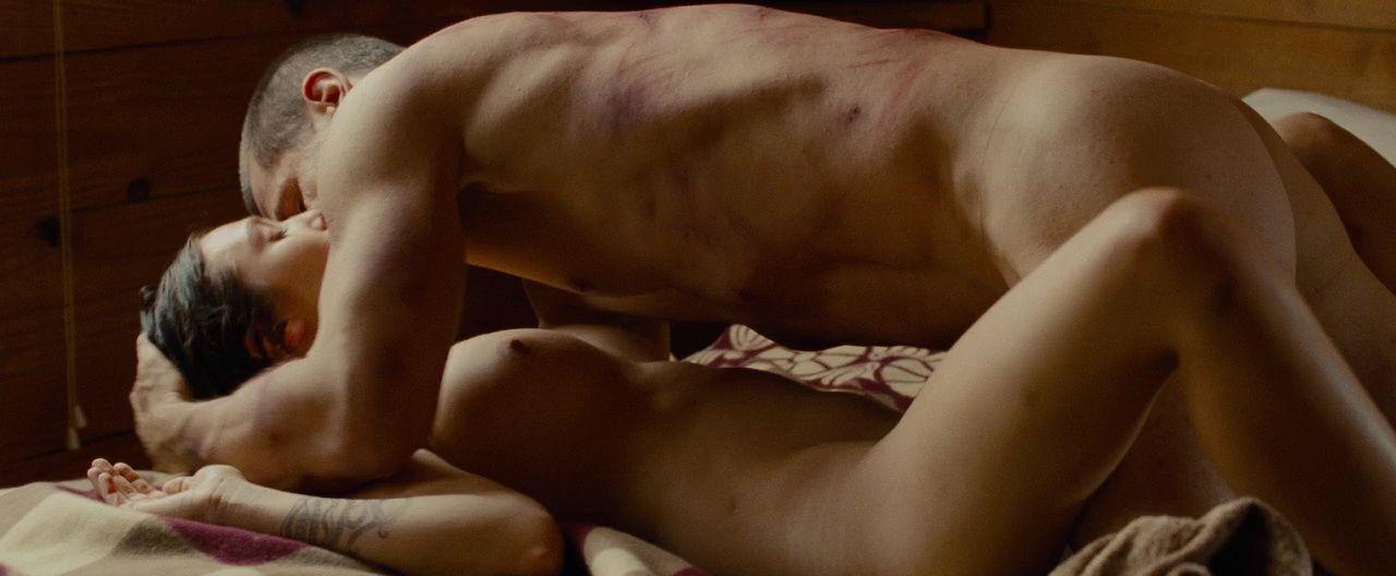 Elizabeth Olsen Nude 5