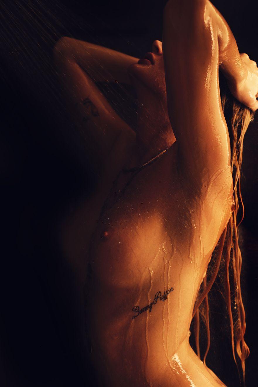 Elle Bowman Nude Photos 1