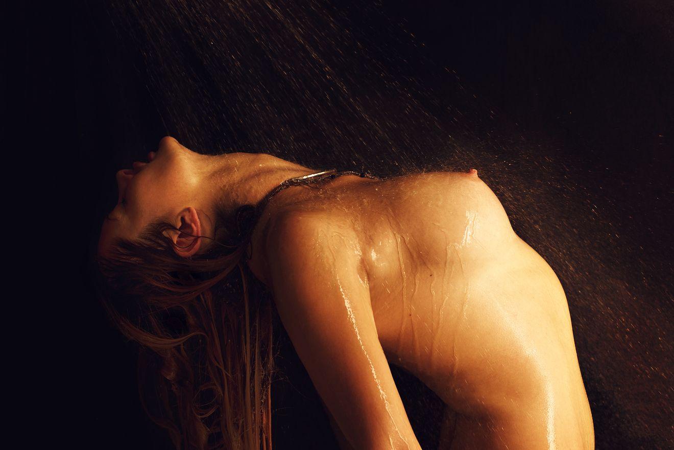 Elle Bowman Nude Photos 3