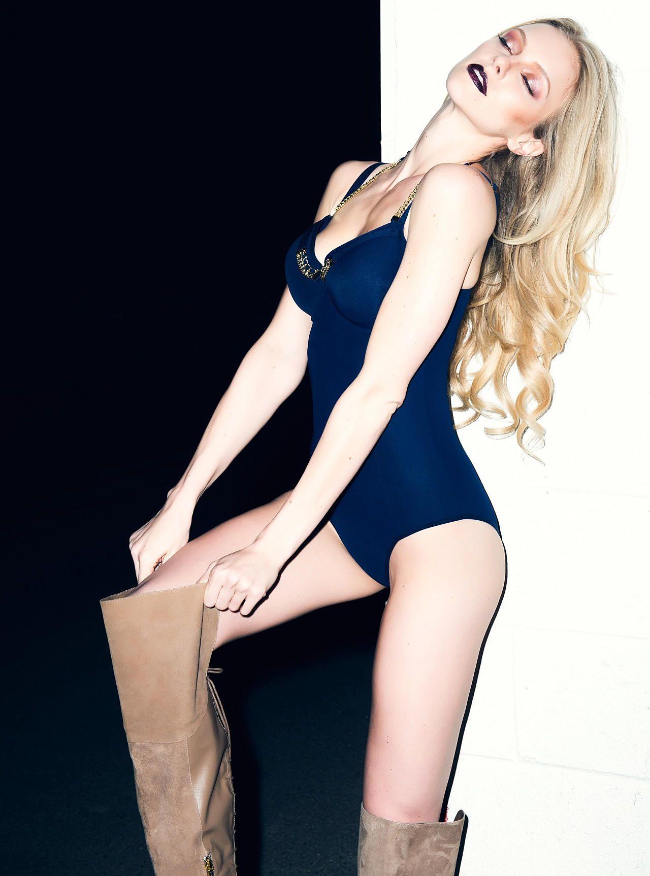 Elle Evans Sexy 6