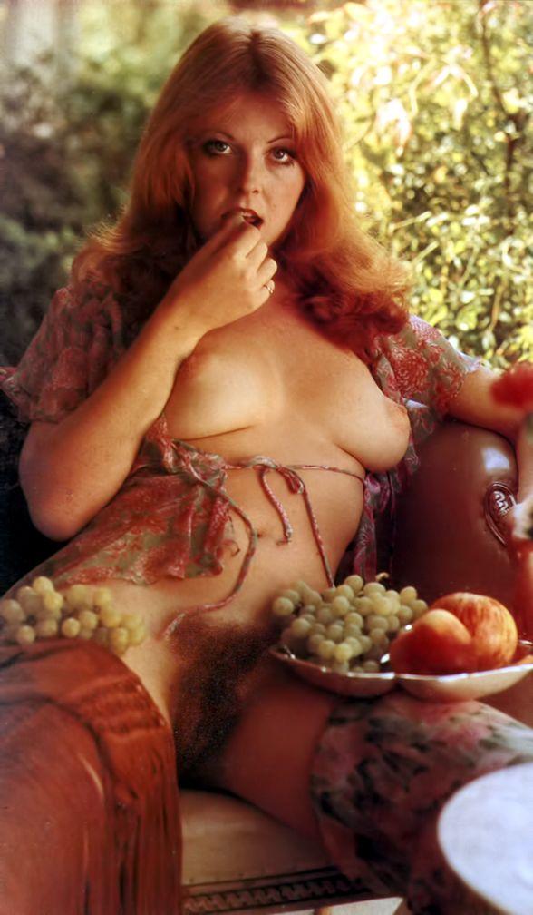 eroticheskie-foto-elviri