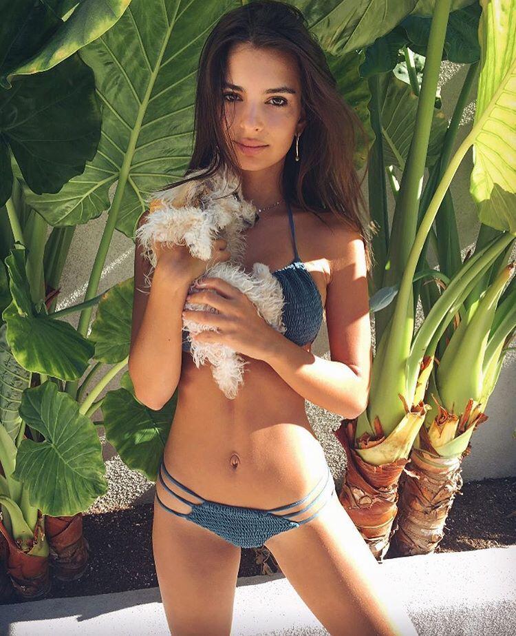 Emily Ratajkowski Sexy 3 1 2 Sn27237