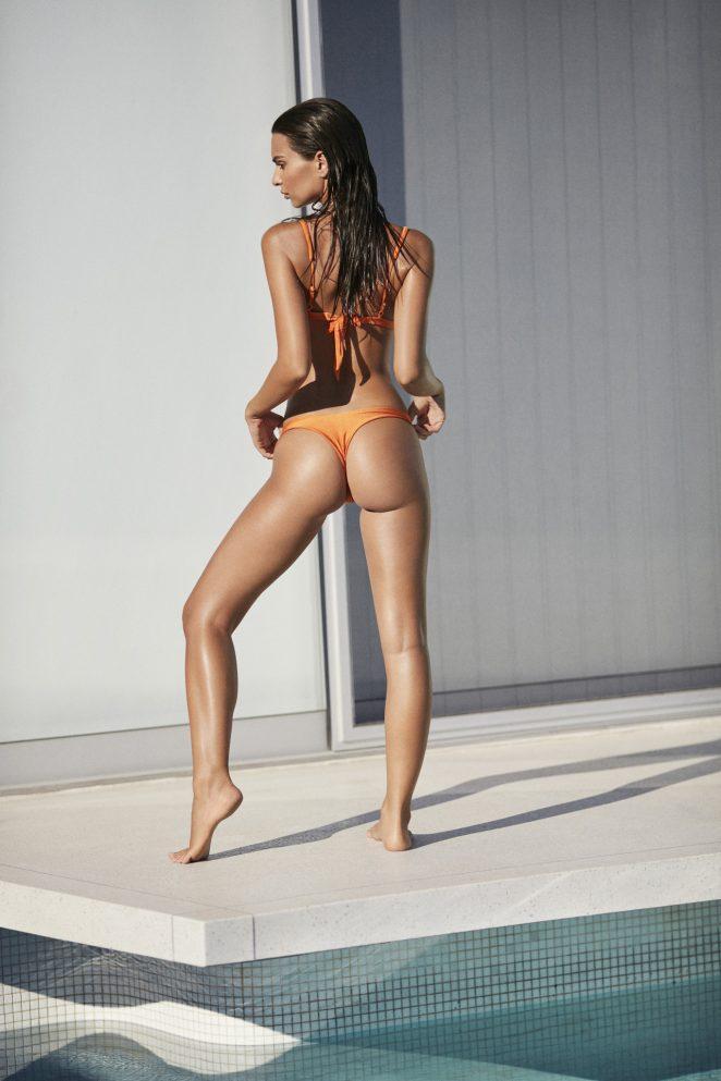 Emily Ratajkowski Sexy 3 11