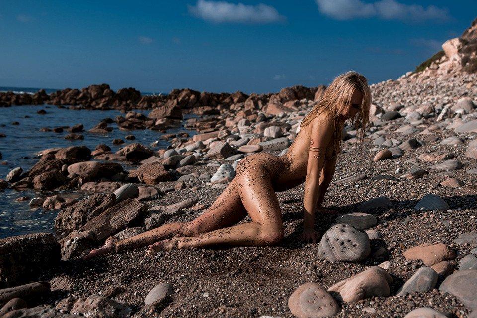 Heather Carr Naked Photoshoot 4