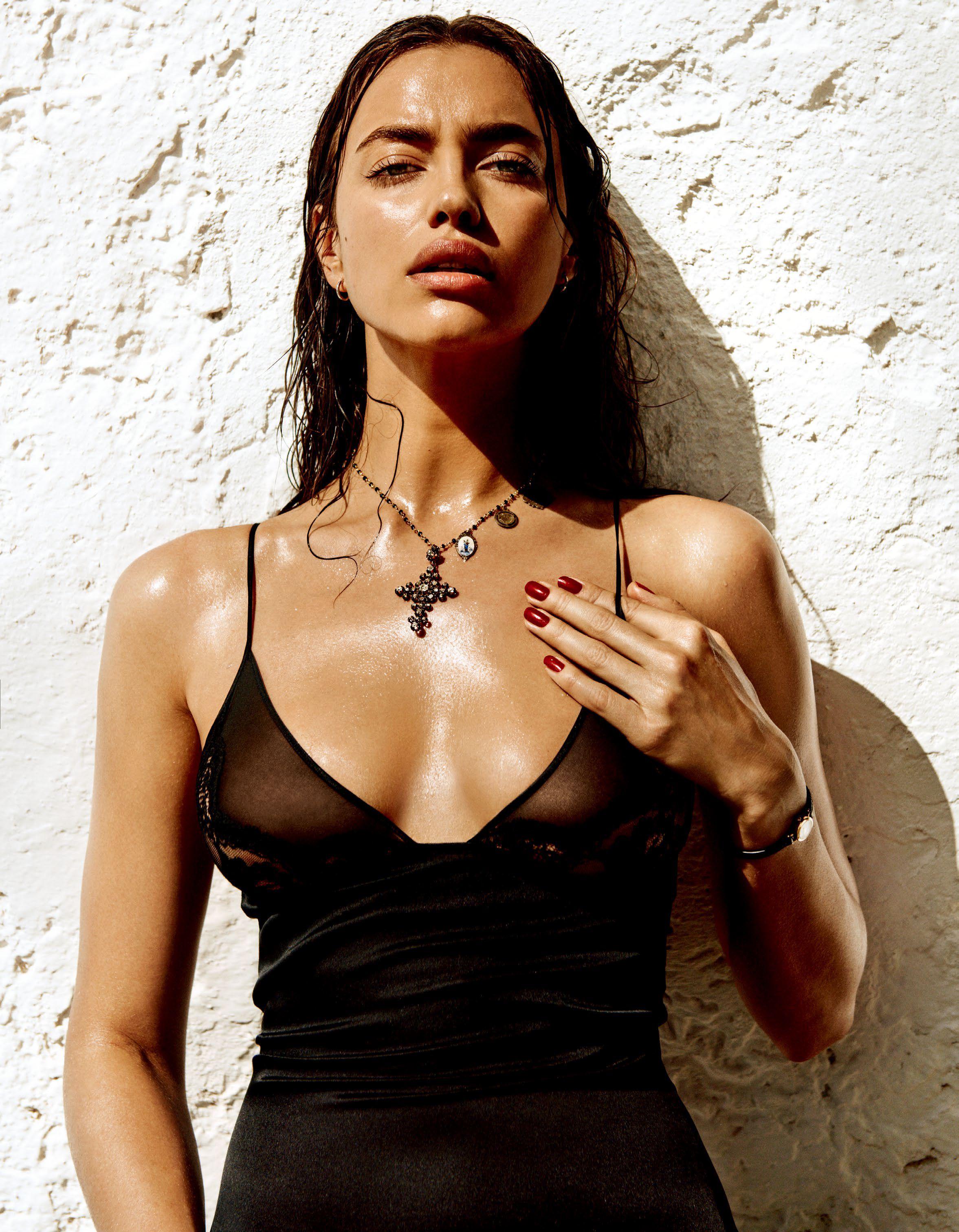 Irina Shayk Sexy 2 11