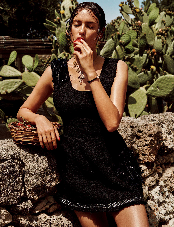 Irina Shayk Sexy 4 1 1