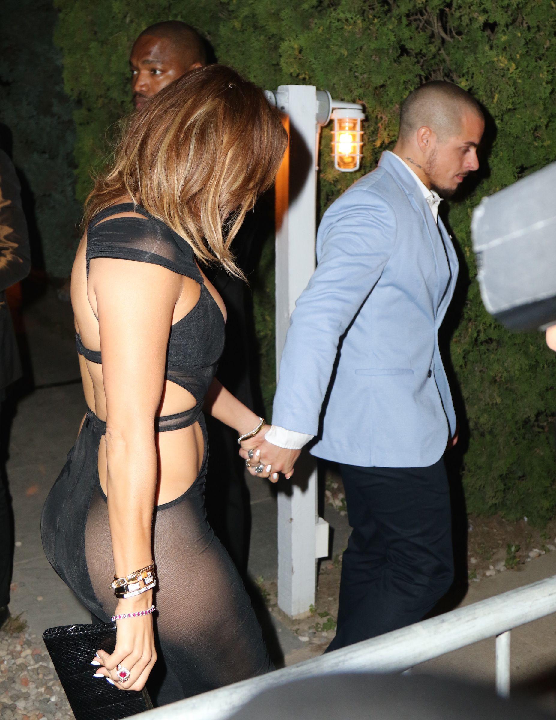 Jennifer Lopez See Through Pics 2