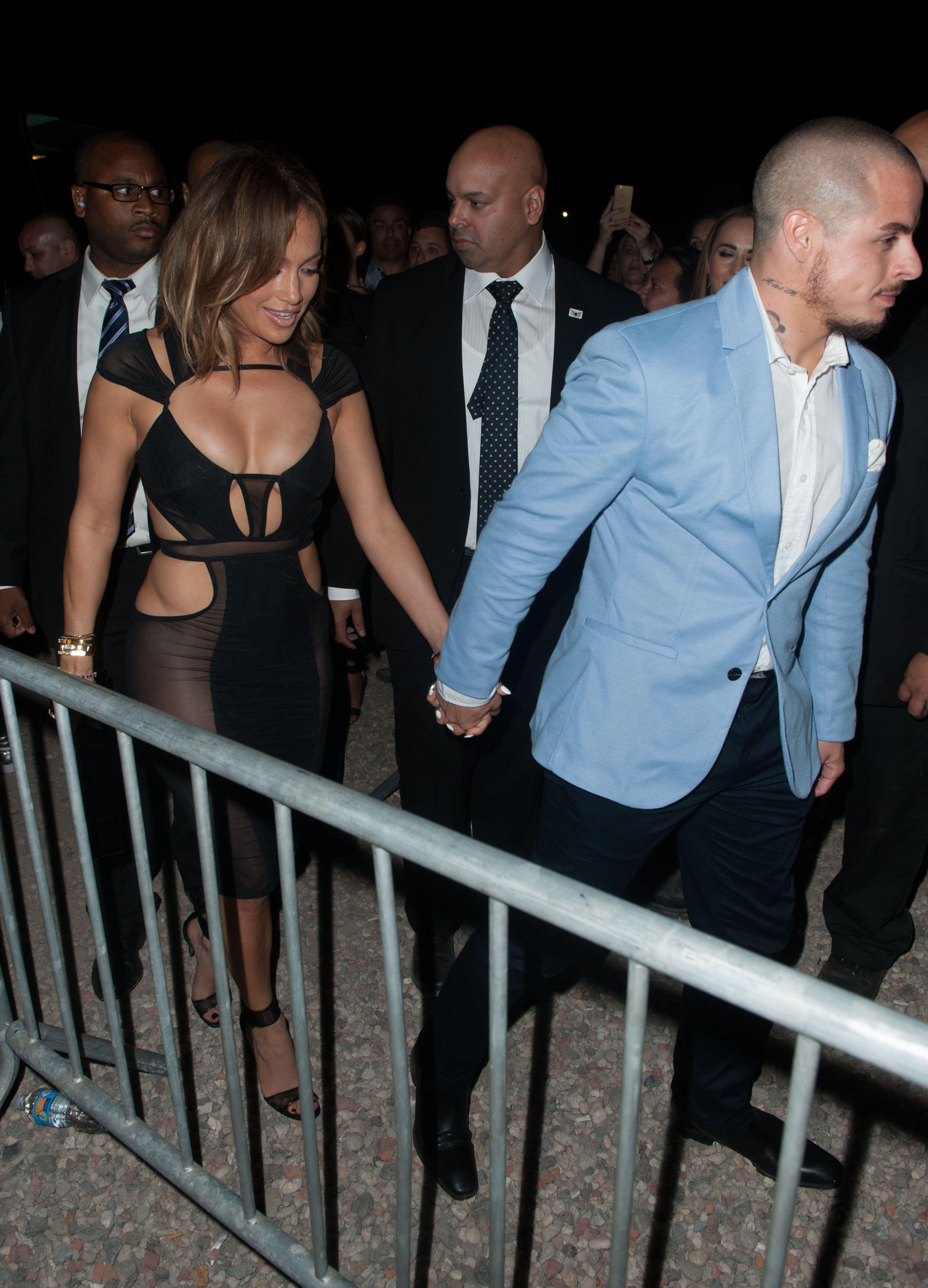 Jennifer Lopez See Through Pics 6