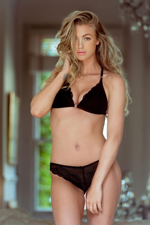 Jo Parker Sexy Topless 1 2