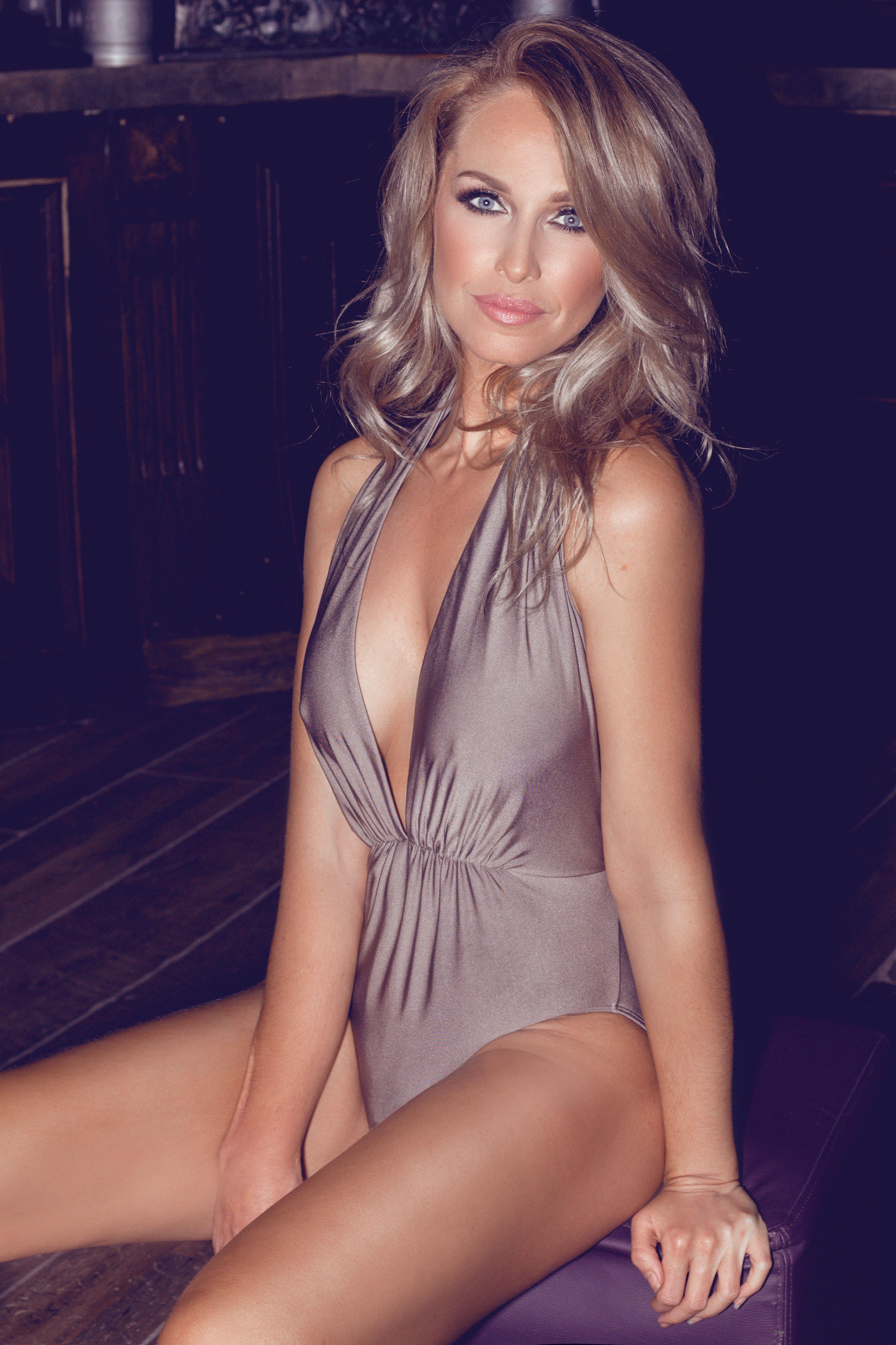 Josie Gibson Sexy Pics 3