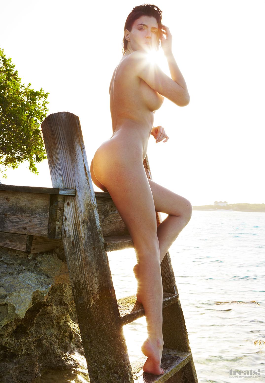 Julia Lescova Full Nude Photoset 1