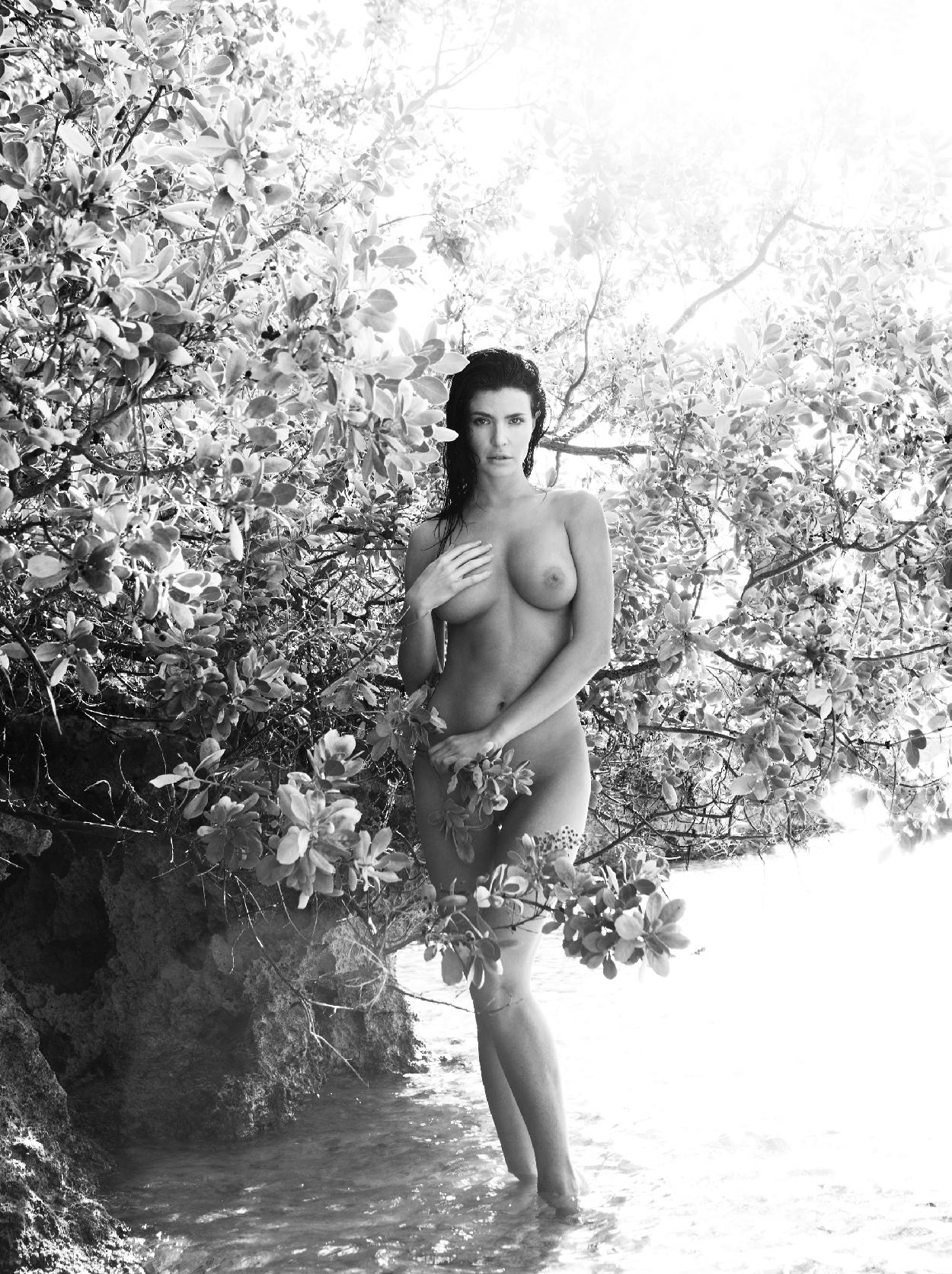 Julia Lescova Full Nude Photoset 7