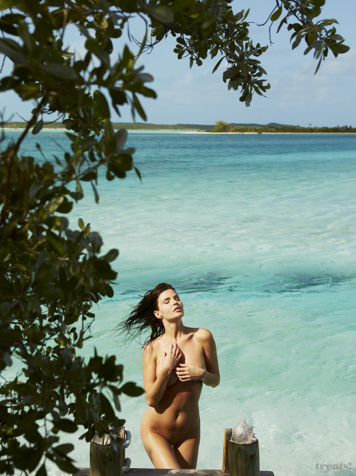 Julia Lescova Full Nude Photoset 9