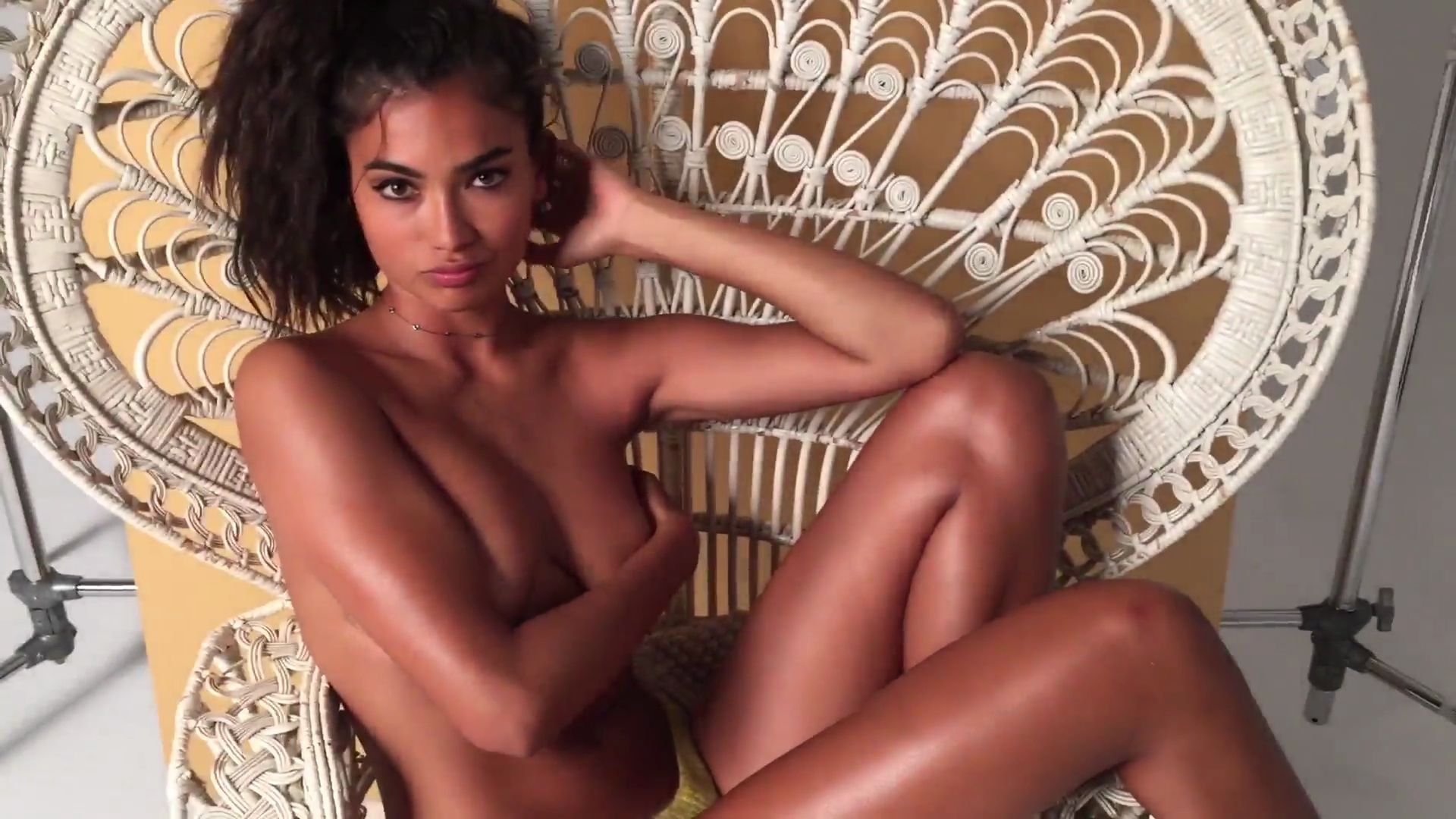 Kelly Gale Topless 11