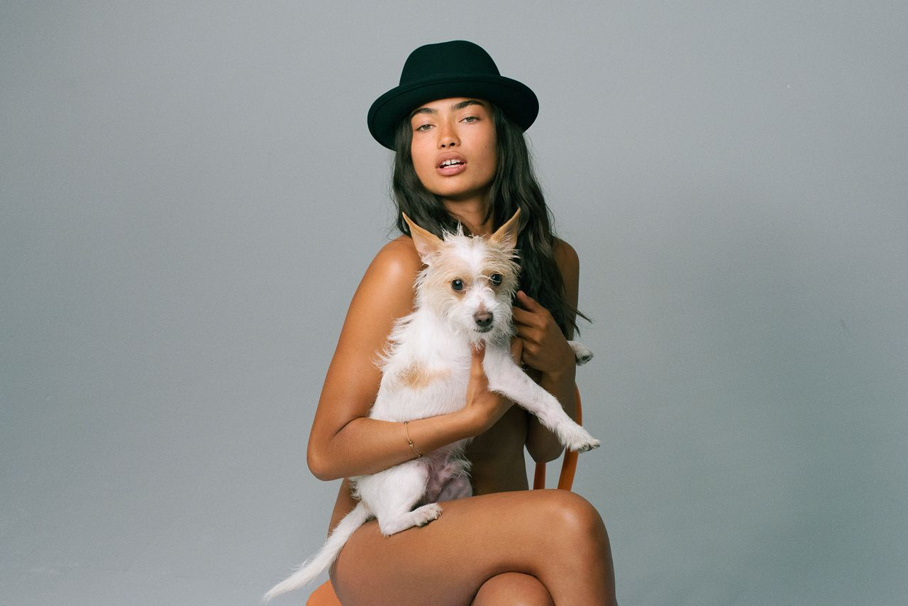 Kelly Gale Topless 4