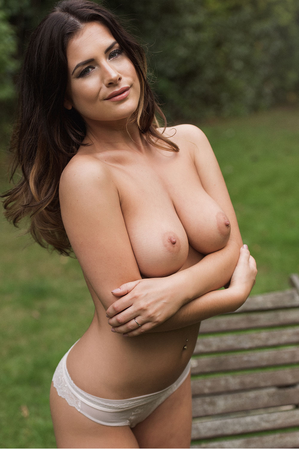 Kelly Hall Sexy Topless 1 1 Sn840