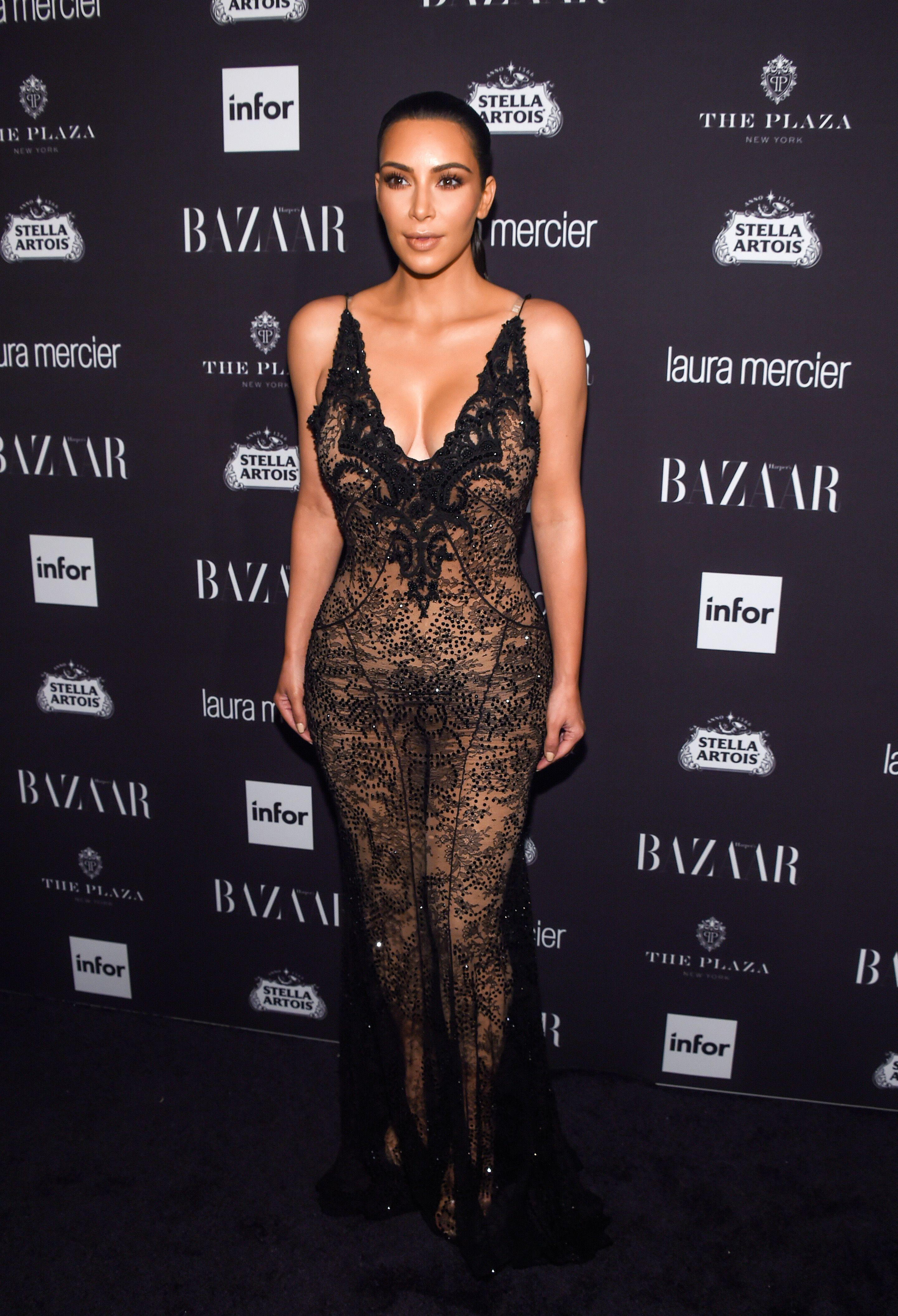 Kim Kardashian Sexy 2 1 4