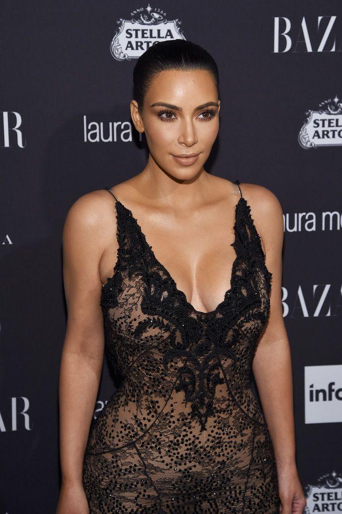 Kim Kardashian Sexy 9 1 Sn28817