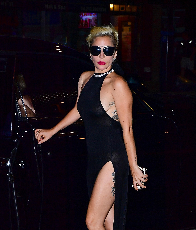 Lady Gaga Braless 4 Sn13877