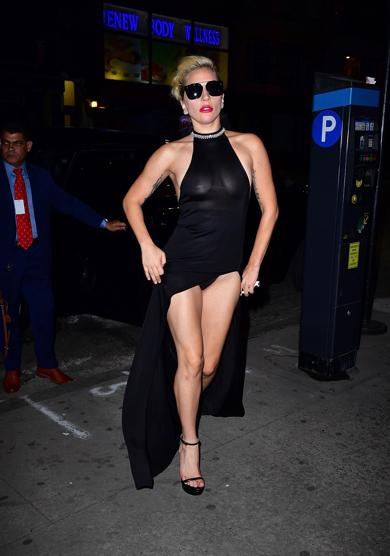 Lady Gaga Braless 9