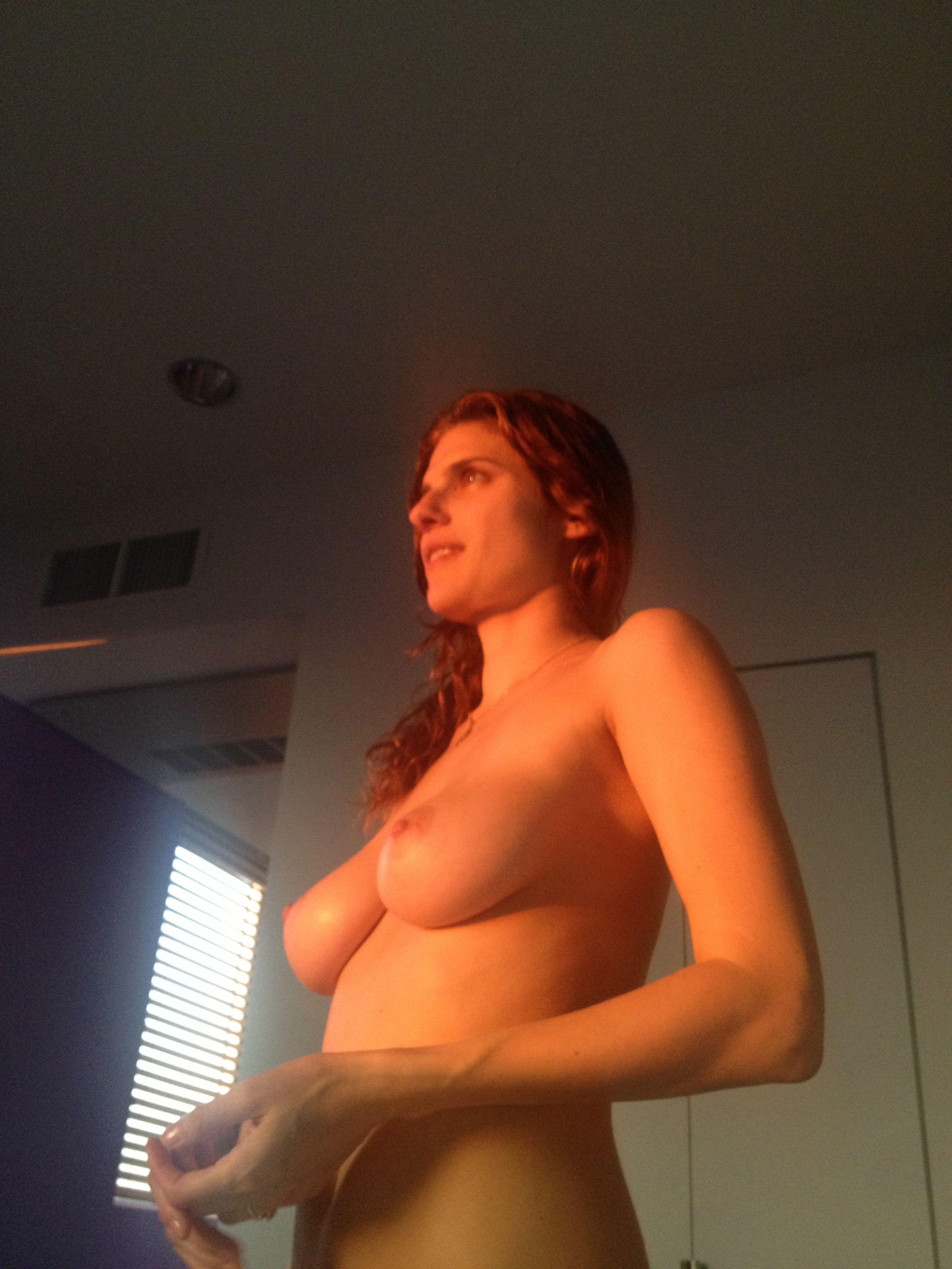 Siegel  nackt Kate Kate Siegel