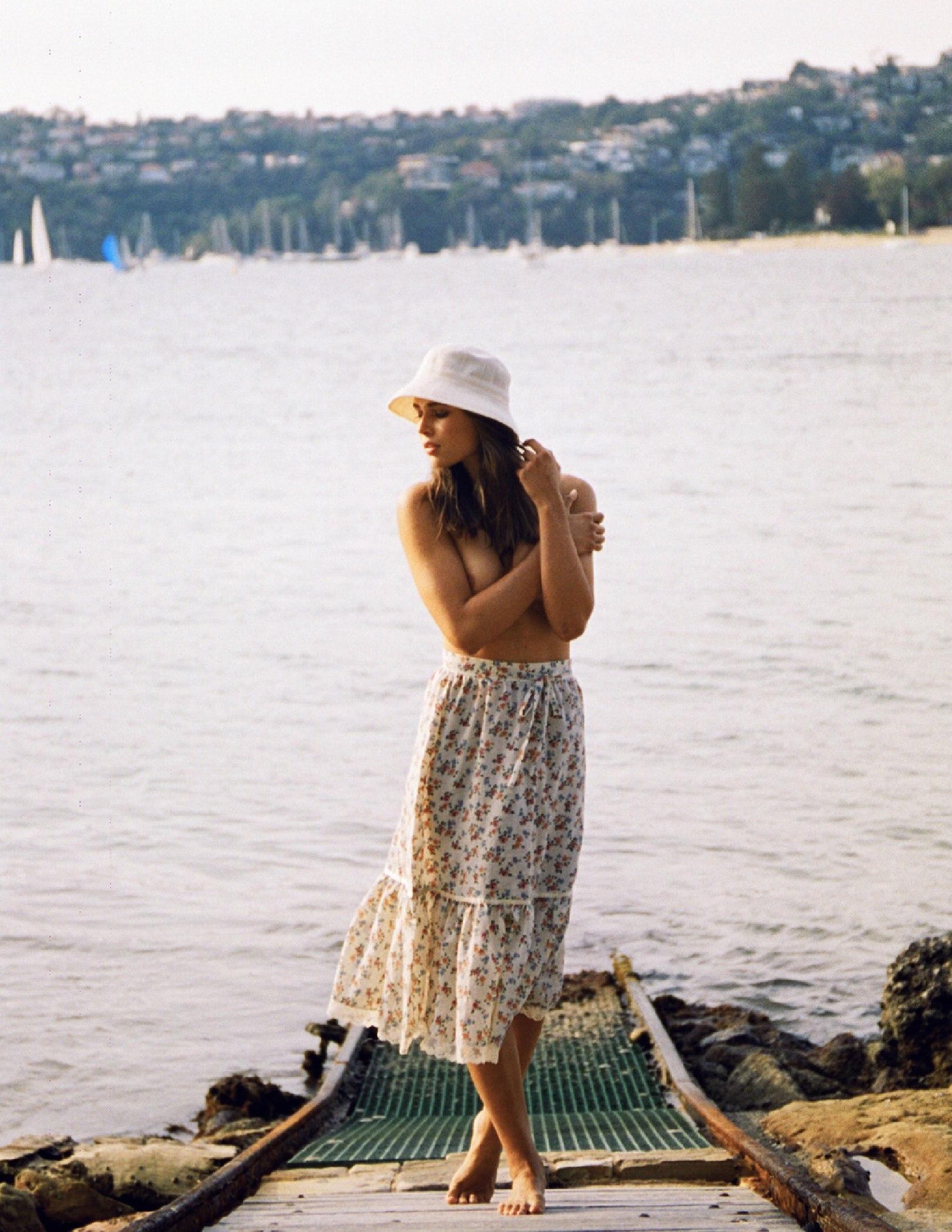 Lisa Marie Bosbach Topless 4