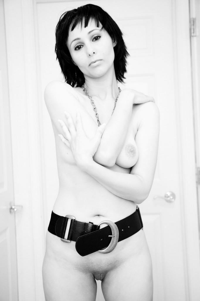 Liz LaPoint Nude Photo Session 1