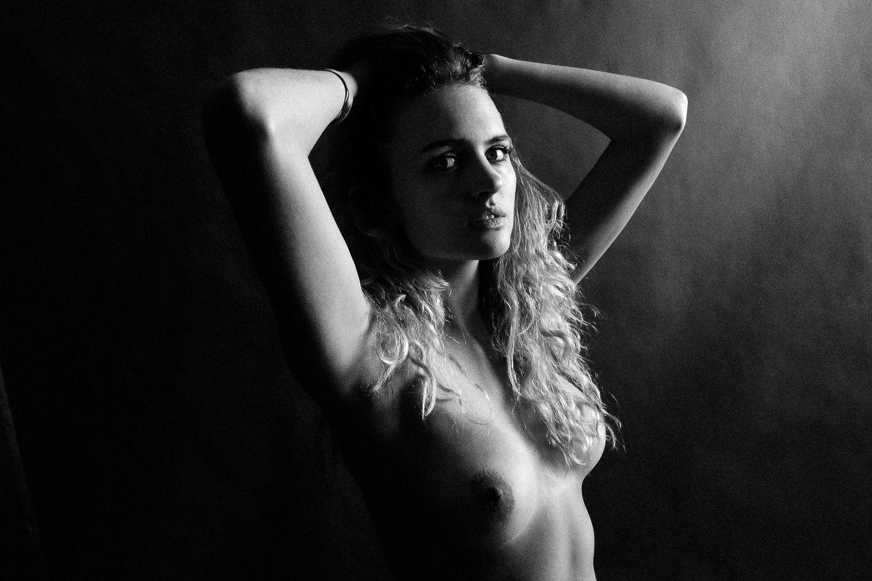 Madison Riley Nude Sexy 5
