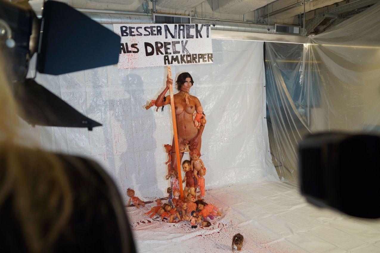 Micaela Schaefer Topless 1 1 Sn1087