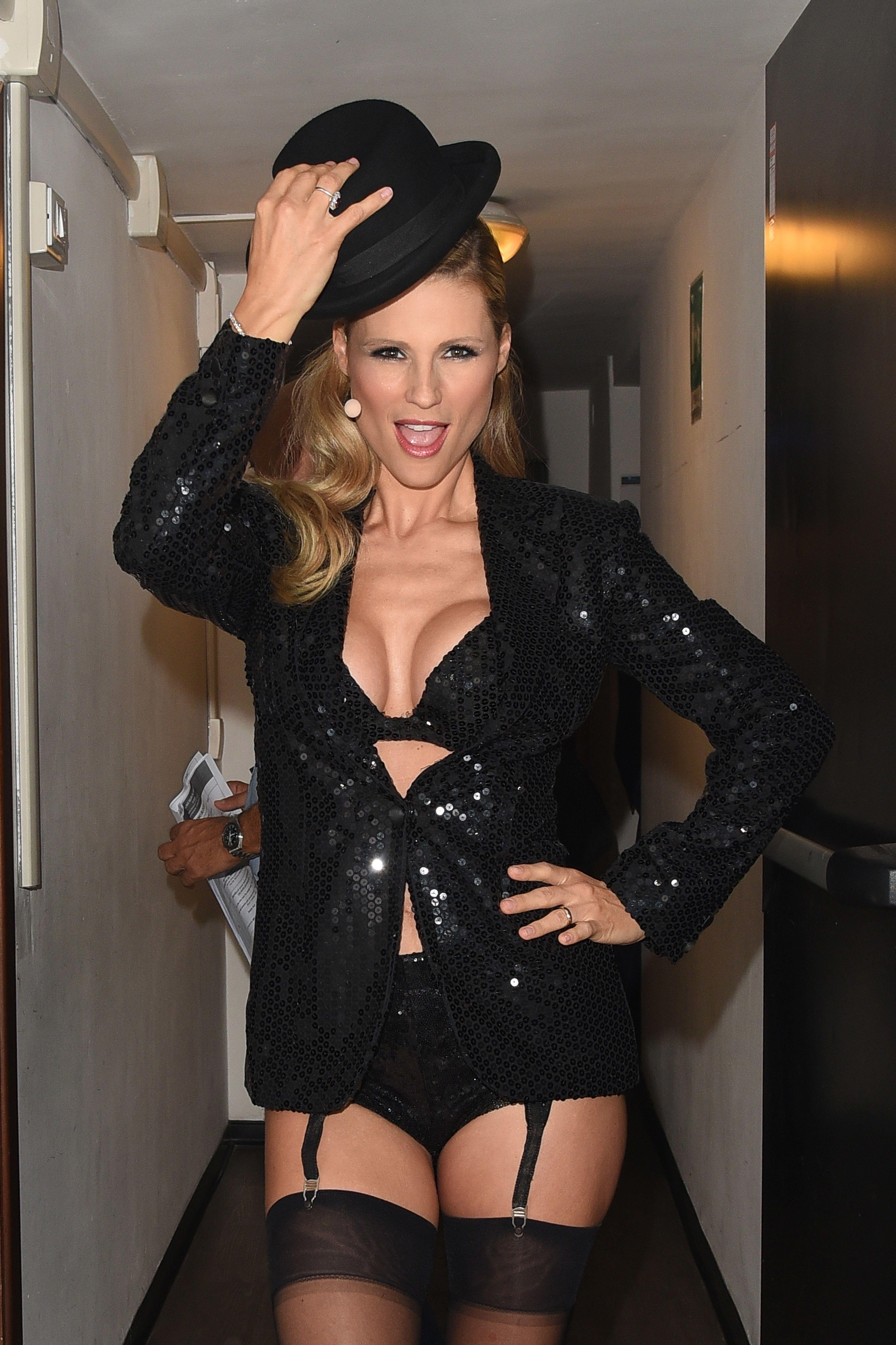 Michelle Hunziker Sexy 5