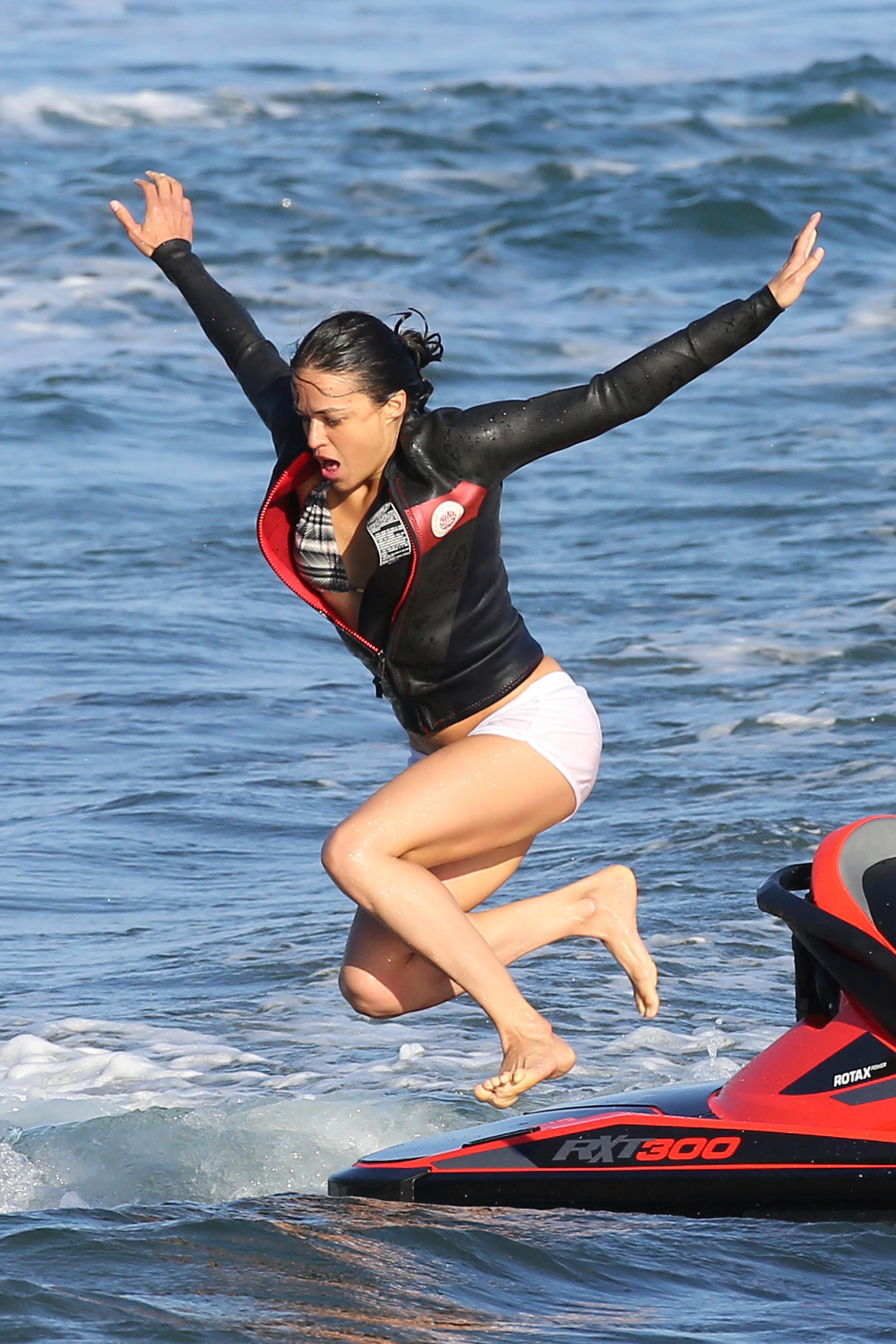 Michelle Rodriguez Sexy 4