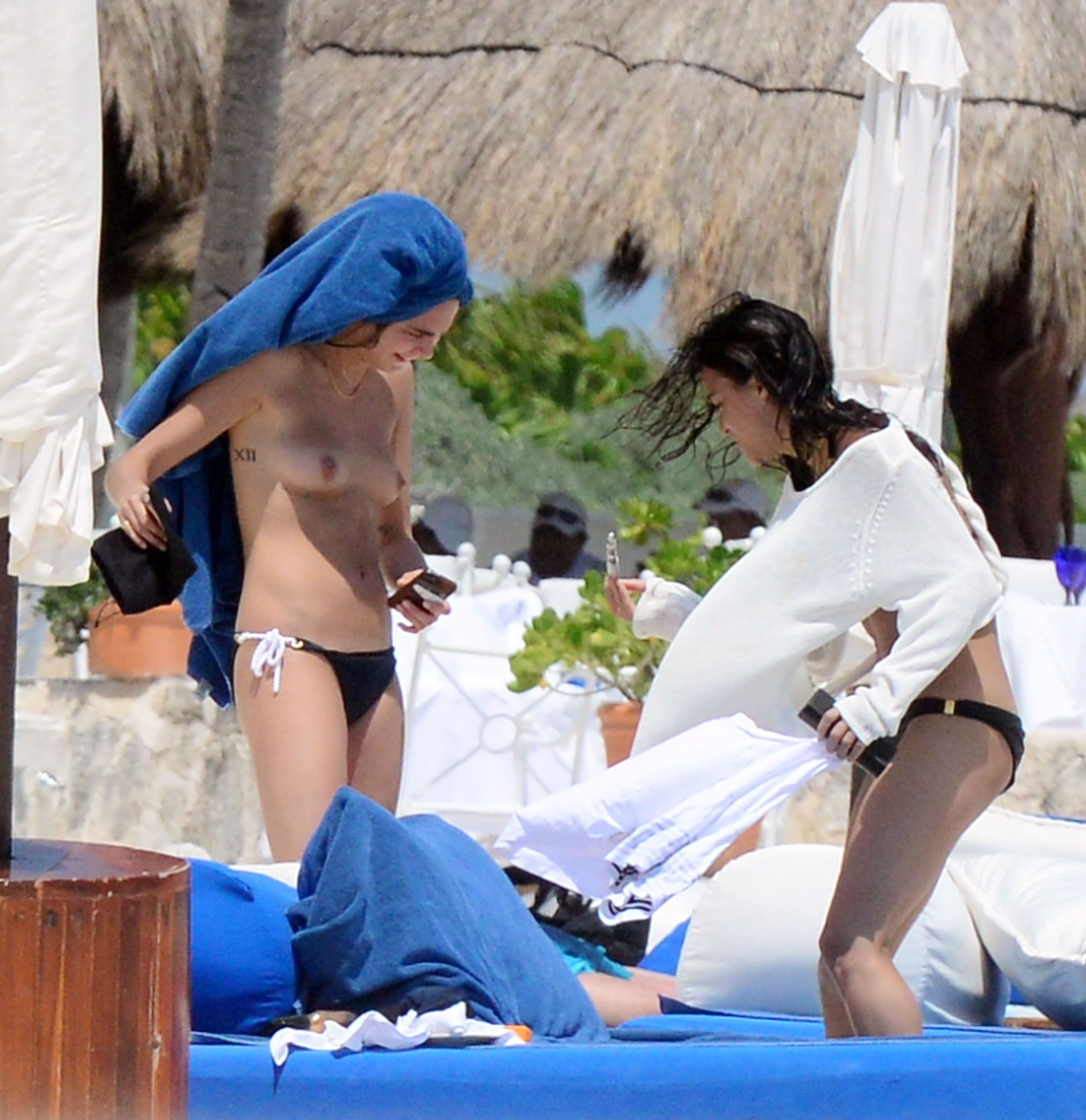 Michelle Rodriguez And Cara Delevingne Topless 8