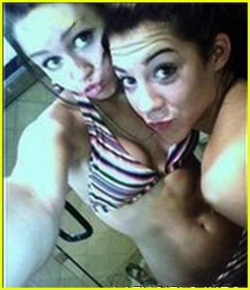 Miley Cyrus Sexy Selfies 2