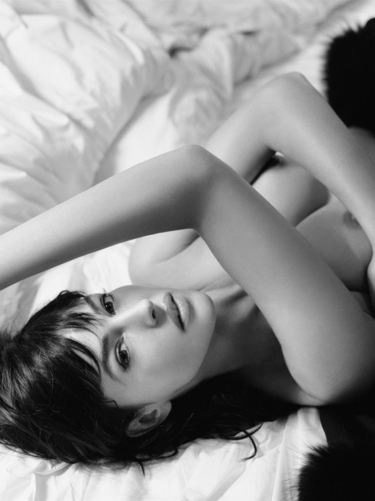 Naked Monica Bellucci 2