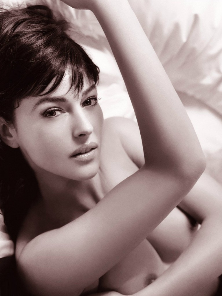 Naked Monica Bellucci 3