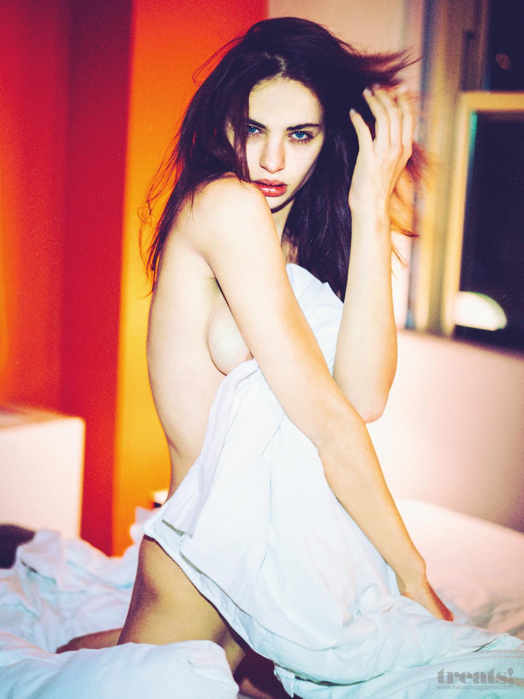 Nicole Meyer Naked 2