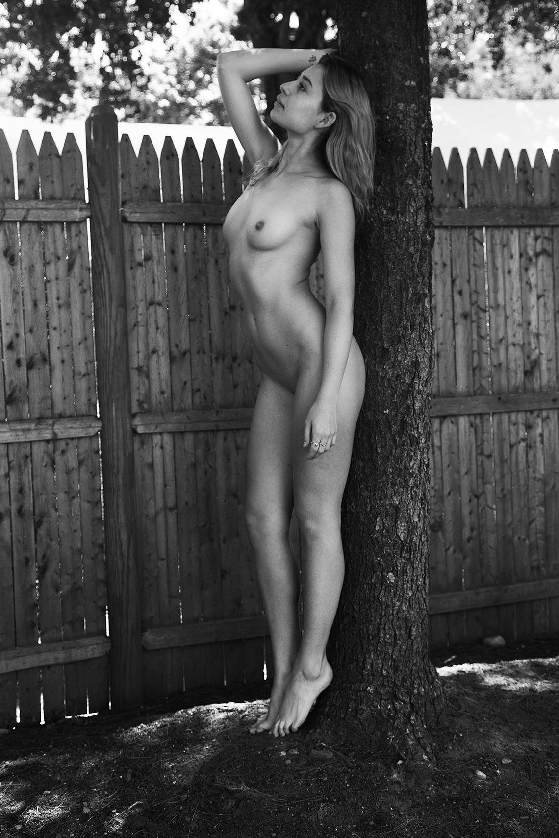 Paisley Gilbert Naked 7