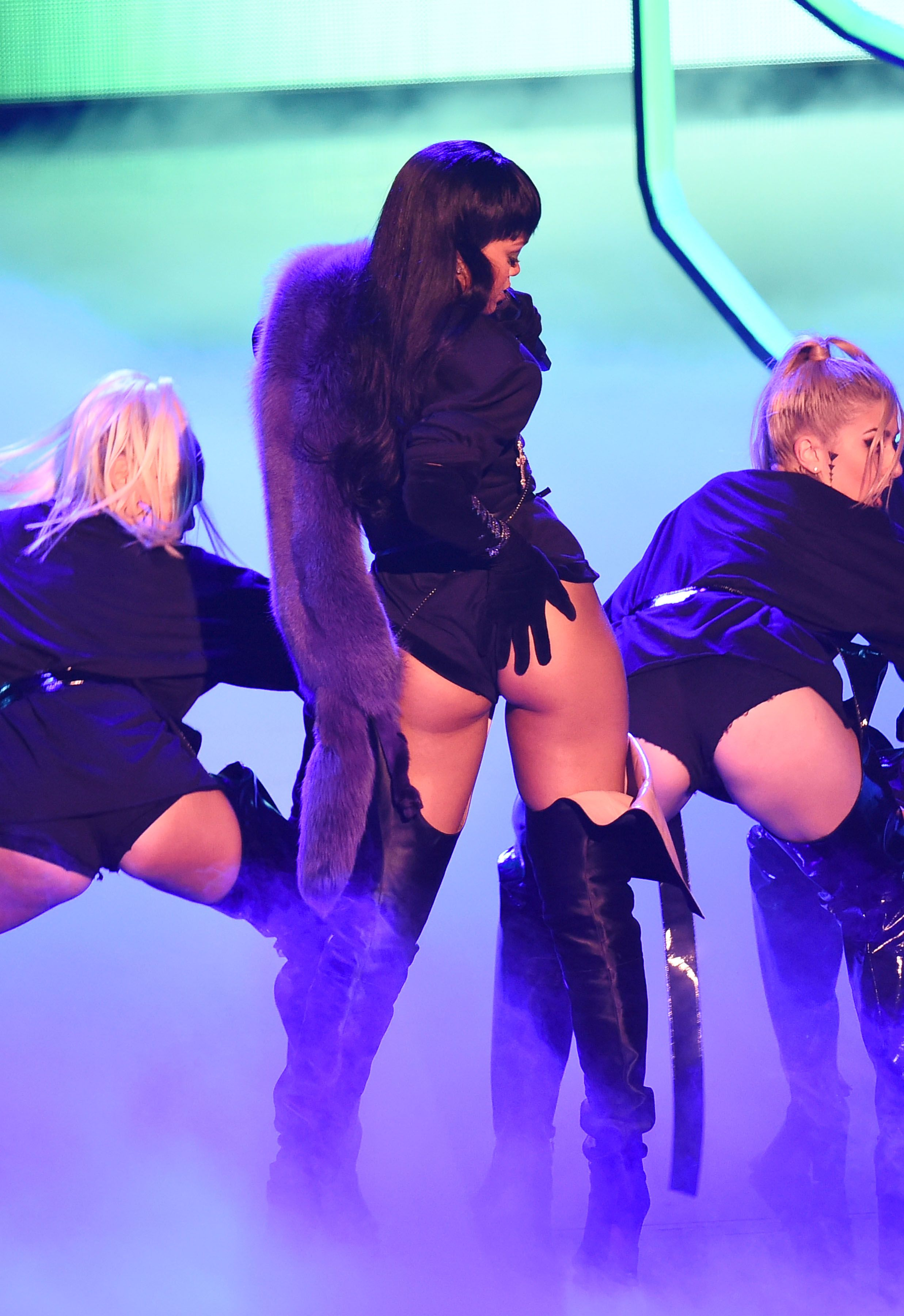 Rihanna Ass 2
