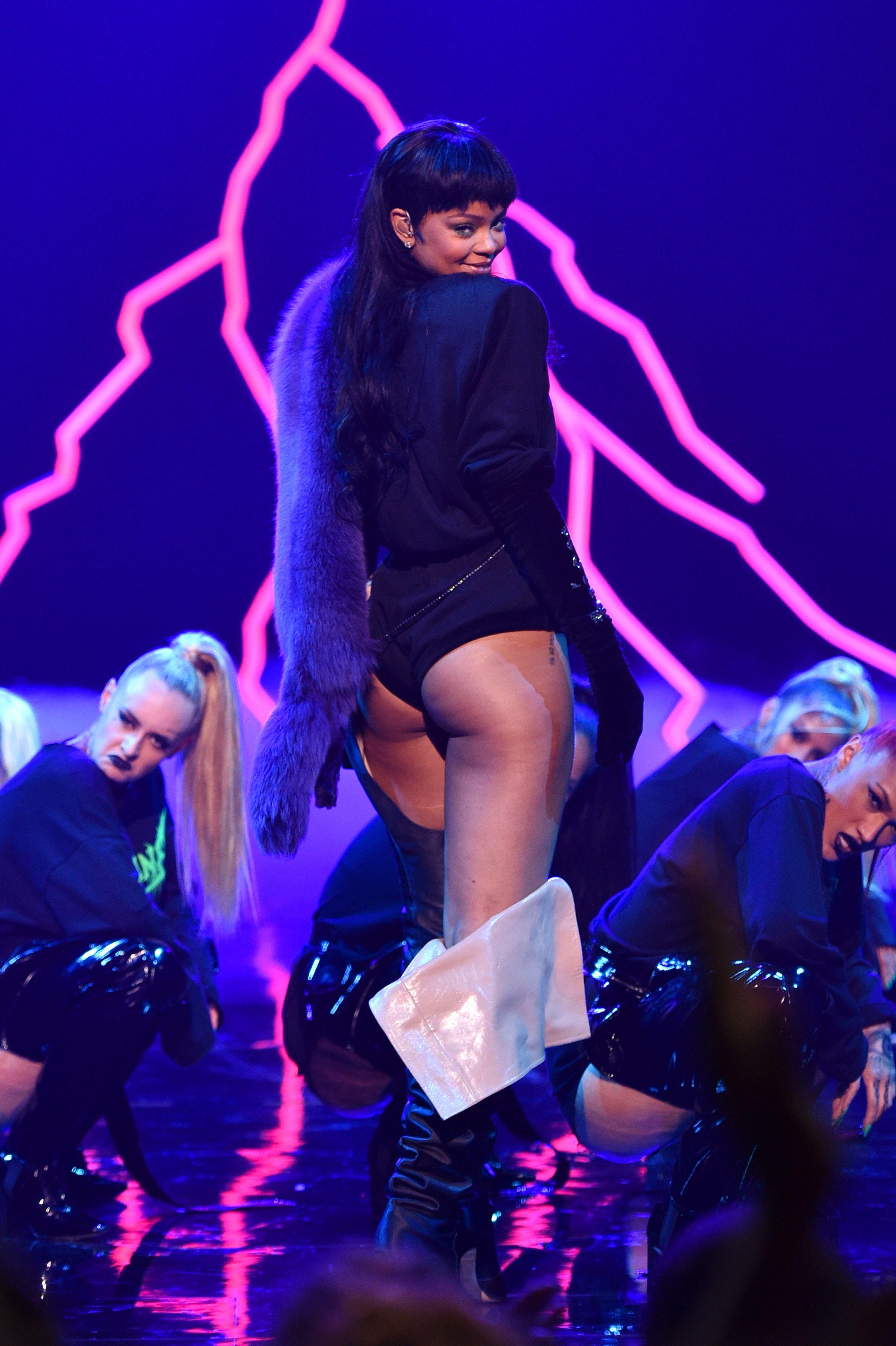 Rihanna Ass 8