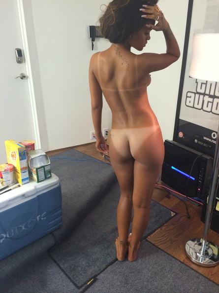 Rihanna Nude Photo Session 3