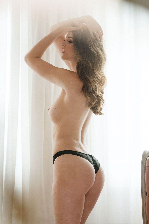 Rosie Danvers Topless 3