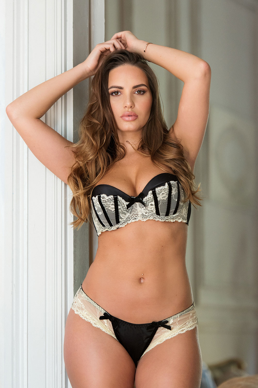 Sabine Jemeljanova Sexy And Topless 4 Sn26979