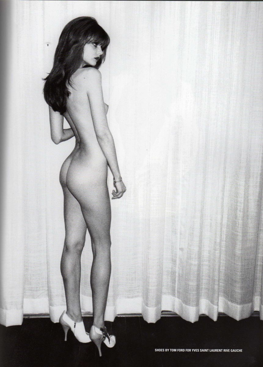 TERRY RICHARDSON_naked_thefappening_400