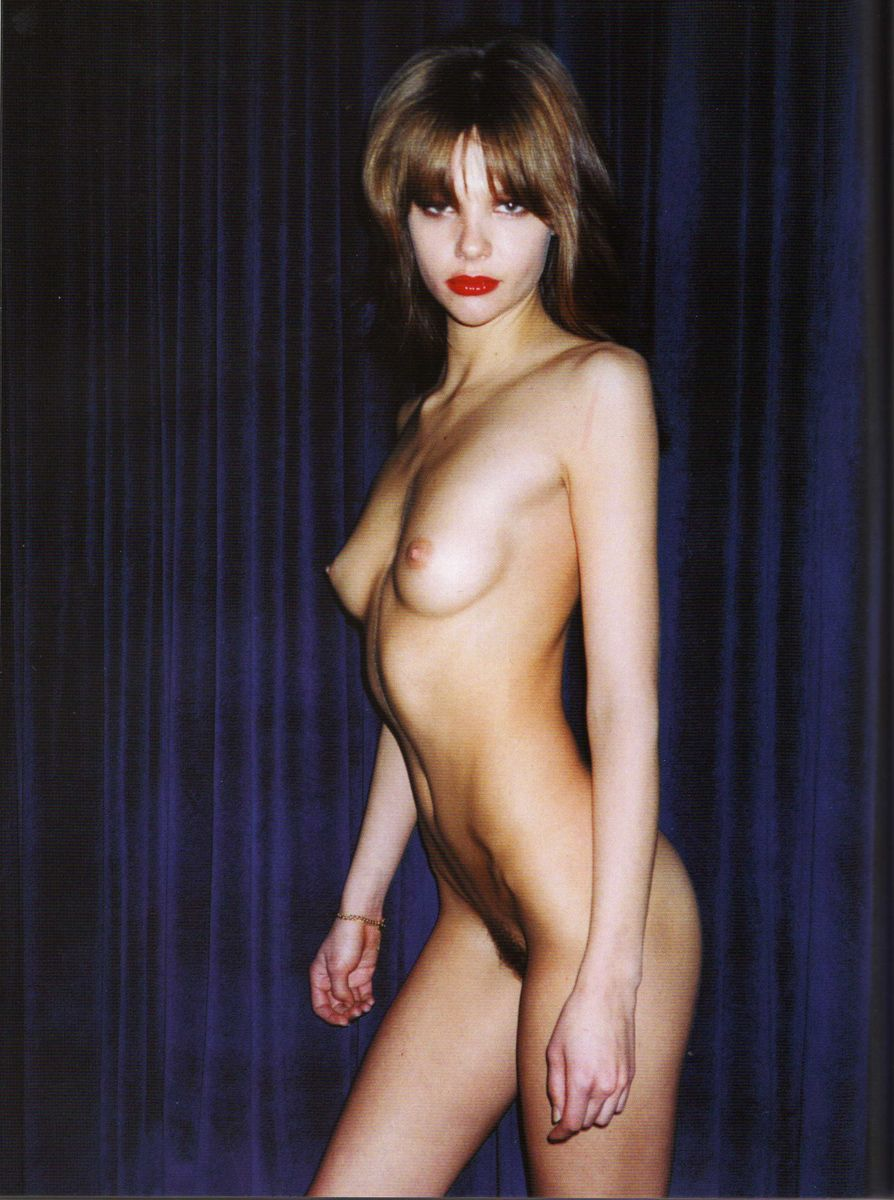 TERRY RICHARDSON_naked_thefappening_403